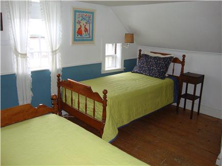 Wellfleet Center Cape Cod vacation rental - Upstairs bedroom with twin beds