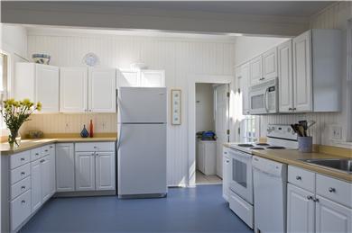 Sagamore Beach, Bourne Sagamore Beach vacation rental - Kitchen