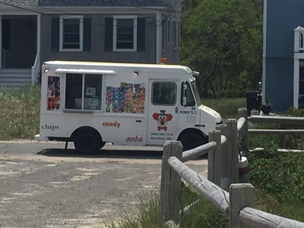 Sagamore Beach, Sandwich  Sagamore Beach vacation rental - You hear the music and kids come running Ice Cream man daily