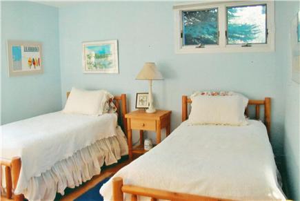 Wellfleet Cape Cod vacation rental - Twin bedded room