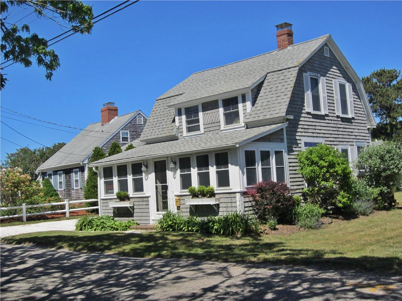 Harwich vacation rental home in cape cod ma 02646 steps for Cabin rentals in cape cod ma