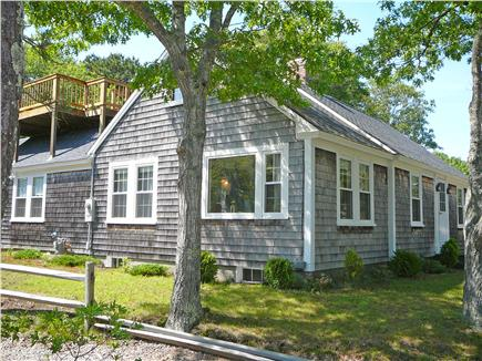 Click here to see a video of this Chatham vacation rental.