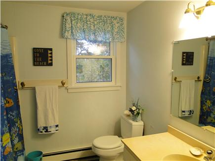 Chatham, Ridgevale Beach Cape Cod vacation rental - Full bathroom with tub and shower on main floor