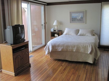 New Seabury New Seabury vacation rental - 3rd Bedroom with Queen bed and sliders to back patio