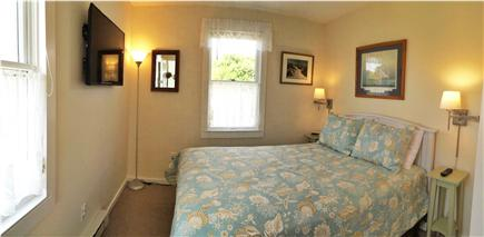 Wellfleet Harbor Cape Cod vacation rental - Queen Bedroom