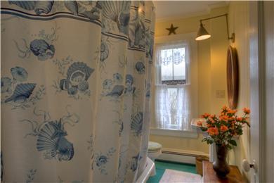 Provincetown Cape Cod vacation rental - Bathroom