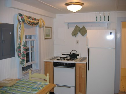 Chatham Cape Cod vacation rental - Kitchen with gas stove