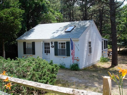 Wellfleet Cape Cod vacation rental - Cottage exterior front