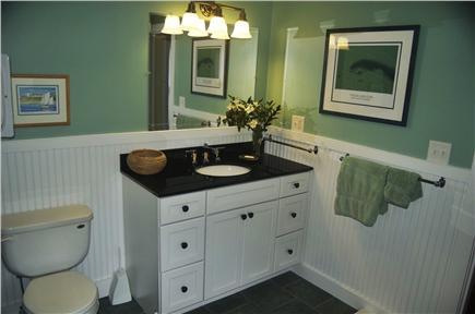 Chatham Cape Cod vacation rental - Master Bath-Downstairs