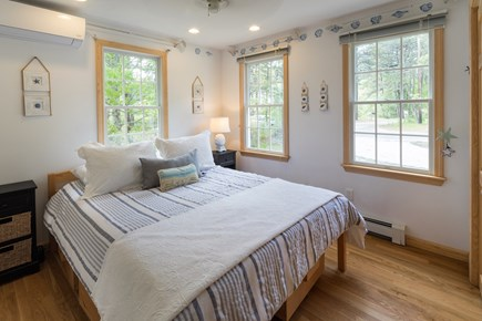 North Eastham Cape Cod vacation rental - 1st floor queen room