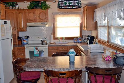 Sagamore Beach, Sandwich Sagamore Beach vacation rental - Kitchen
