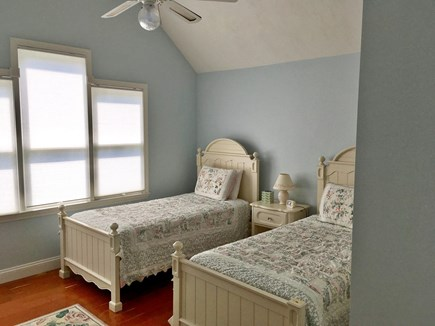 Mashpee, Popponesset Beach Cape Cod vacation rental - Twin bedroom