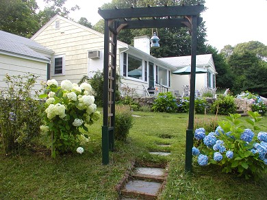 Centerville Centerville vacation rental - Side of House with beautiful plantings