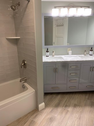 New Seabury, Mashpee New Seabury vacation rental - Master bathroom with full tub