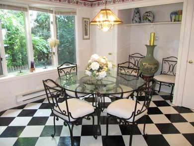 Plymouth, Manomet MA vacation rental - Sunny upstairs dining area