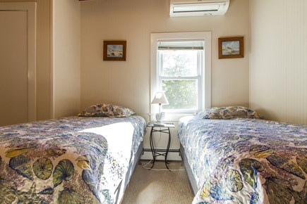 Wellfleet Cape Cod vacation rental - Bedroom #3 with 2 Twin Beds
