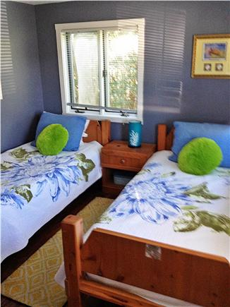 Falmouth Cape Cod vacation rental - Bedroom with two twin beds