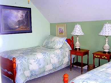 West Yarmouth Cape Cod vacation rental - Twin room with glow in the dark ceiling stars