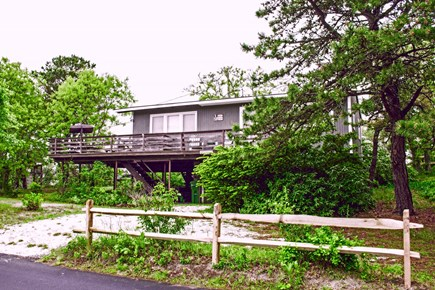 Wellfleet Cape Cod vacation rental - View of house from the road
