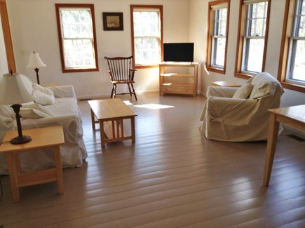 Brewster Cape Cod vacation rental - Comfortable living room with cable TV