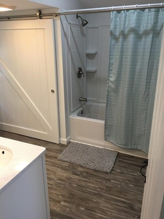 New Seabury, Mashpee New Seabury vacation rental - 100% New full bath, double sinks,laundry behind barn door