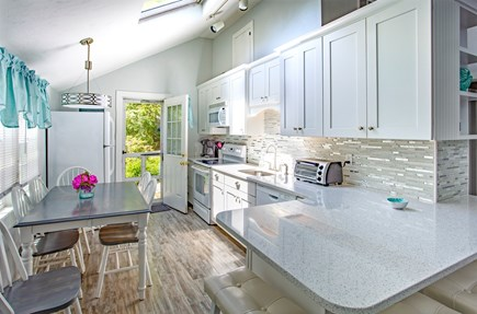 New Seabury, Mashpee New Seabury vacation rental - 100% New Kitchen with Quartz Counters - Renovated in 2017