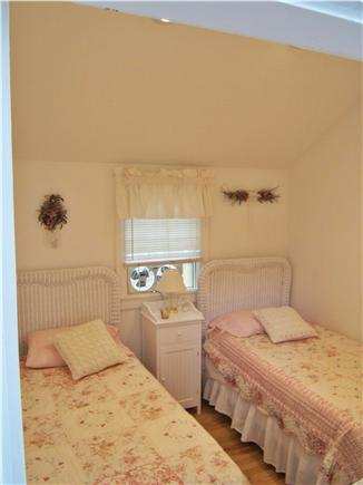 New Seabury, Mashpee New Seabury vacation rental - Cathedral BR 2&3: w/ newer beds, AC, linens, furniture