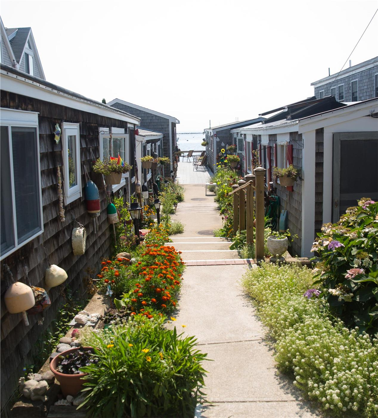 provincetown to a cape c psant east cottages water cod bay village of views walk ma in rentals end vacation