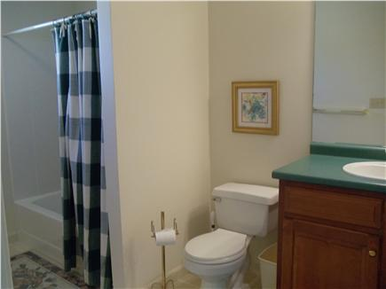 Lewis Bay,West Yarmouth Cape Cod vacation rental - Full Bath-Second floor