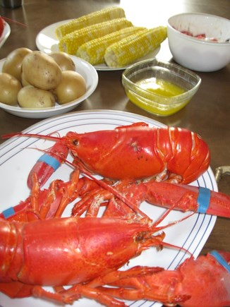 Dennis Port, Sea St Beach Area Cape Cod vacation rental - Dine at home or choose from a myriad of restaurants & prices!