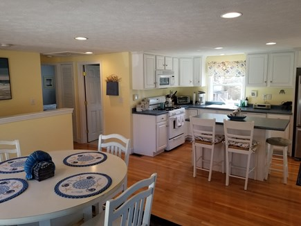 Mashpee, Popponesset Cape Cod vacation rental - Kitchen and eating areas