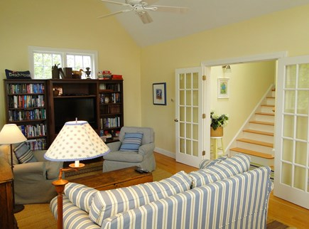 New Seabury/(Popponesset) New Seabury vacation rental - Bright and comfortable family room with flat screen TV