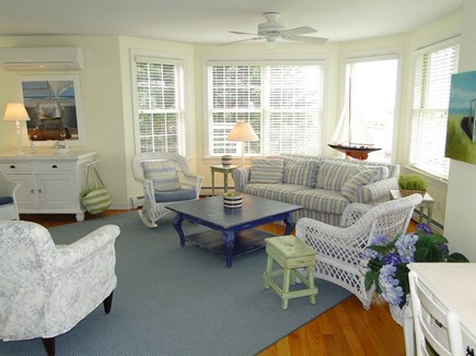New Seabury/(Popponesset) New Seabury vacation rental - Spacious living room