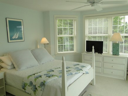 New Seabury/(Popponesset) New Seabury vacation rental - Queen size master bed, flat screen TV