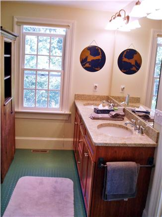 Truro Cape Cod vacation rental - Downstairs Master Bath
