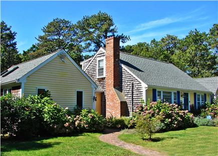 Brewster, The Highlands Cape Cod vacation rental - Large sunny home in great neighborhood, walk to pond