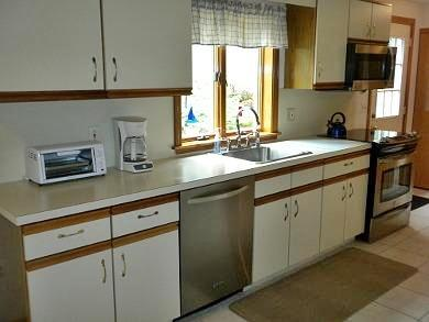 Chatham Cape Cod vacation rental - Kitchen View 1 - Stainless Appliances