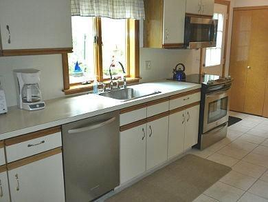 Chatham Cape Cod vacation rental - Kitchen View 2 - Stainless Appliances