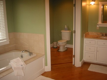 Oyster Pond/Chatham Cape Cod vacation rental - Master Bath Jacuzzi Tub