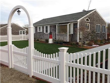 Falmouth Cape Cod vacation rental - An inviting entrance to professional landscaped yard