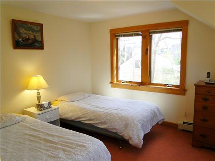 Hyannis Cape Cod vacation rental - Twin bedroom upstairs