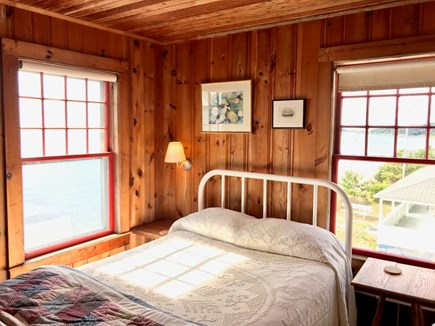 Chequessett Bluff, Wellfleet Cape Cod vacation rental - Room With A Gull's Eye View