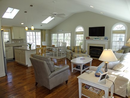 Mashpee, Popponesset Beach Cape Cod vacation rental - Bright, airy and vaulted living room with flat screen TV
