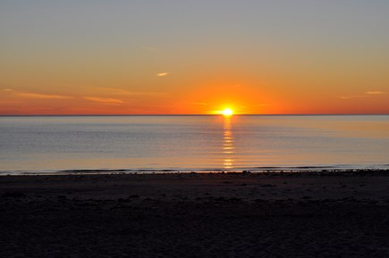 Sagamore Beach, Sandwich Sagamore Beach vacation rental - Enjoy a picture perfect sunrise and make it a tradition.