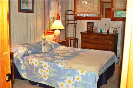 Eastham Cape Cod vacation rental - Bedroom-queen