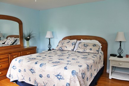 Dennis Port Cape Cod vacation rental - Bedroom with Queen bed