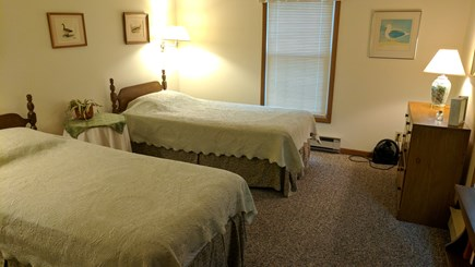 North Eastham Cape Cod vacation rental - Bedroom twin beds
