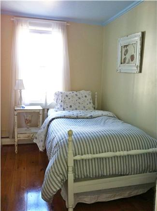 Provincetown, East End Cape Cod vacation rental - Downstairs Twin Bedroom