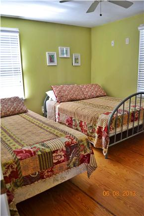 South Chatham - close to Ridge Cape Cod vacation rental - Bedroom #3 (1 Twin, 1 Double)
