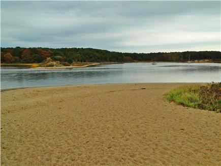 East Falmouth Cape Cod vacation rental - 5 minute wak to association beach – beautiful in summer and fall